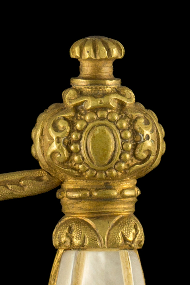 00240_S000040_French_St-Etienne_Smallsword_Hilt_Obverse_