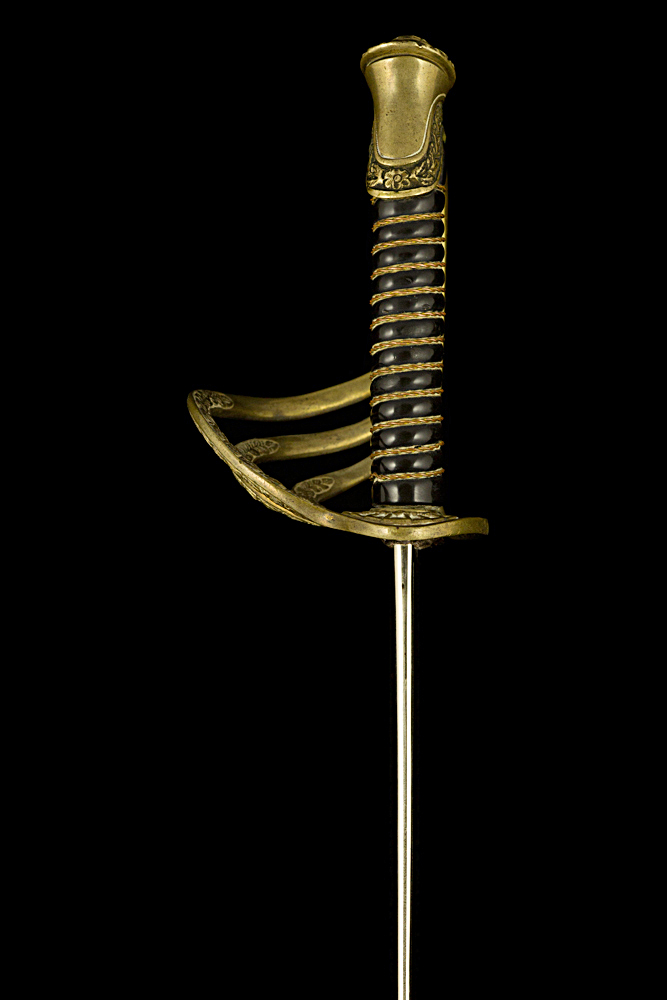 S000006_Belgian_ERM_Sword_Hilt_Left_Side