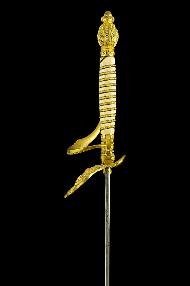 S000081_Belgian_Ivory_Grip_Court_Sword_Hilt_Left_Side