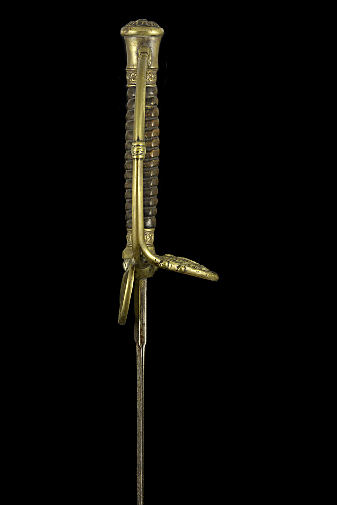 S000106_Congo_Free_State_Smallsword_Hilt_Right_Side