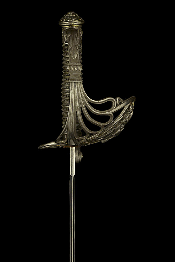 S000127_French_Presentation_Sword_Hilt_Right_Side
