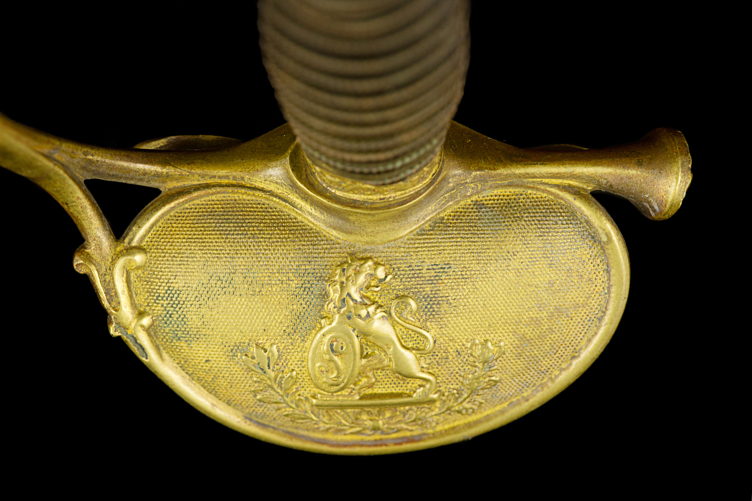 S000055_Belgian_Smallsword_Detail_Shell_Obverse