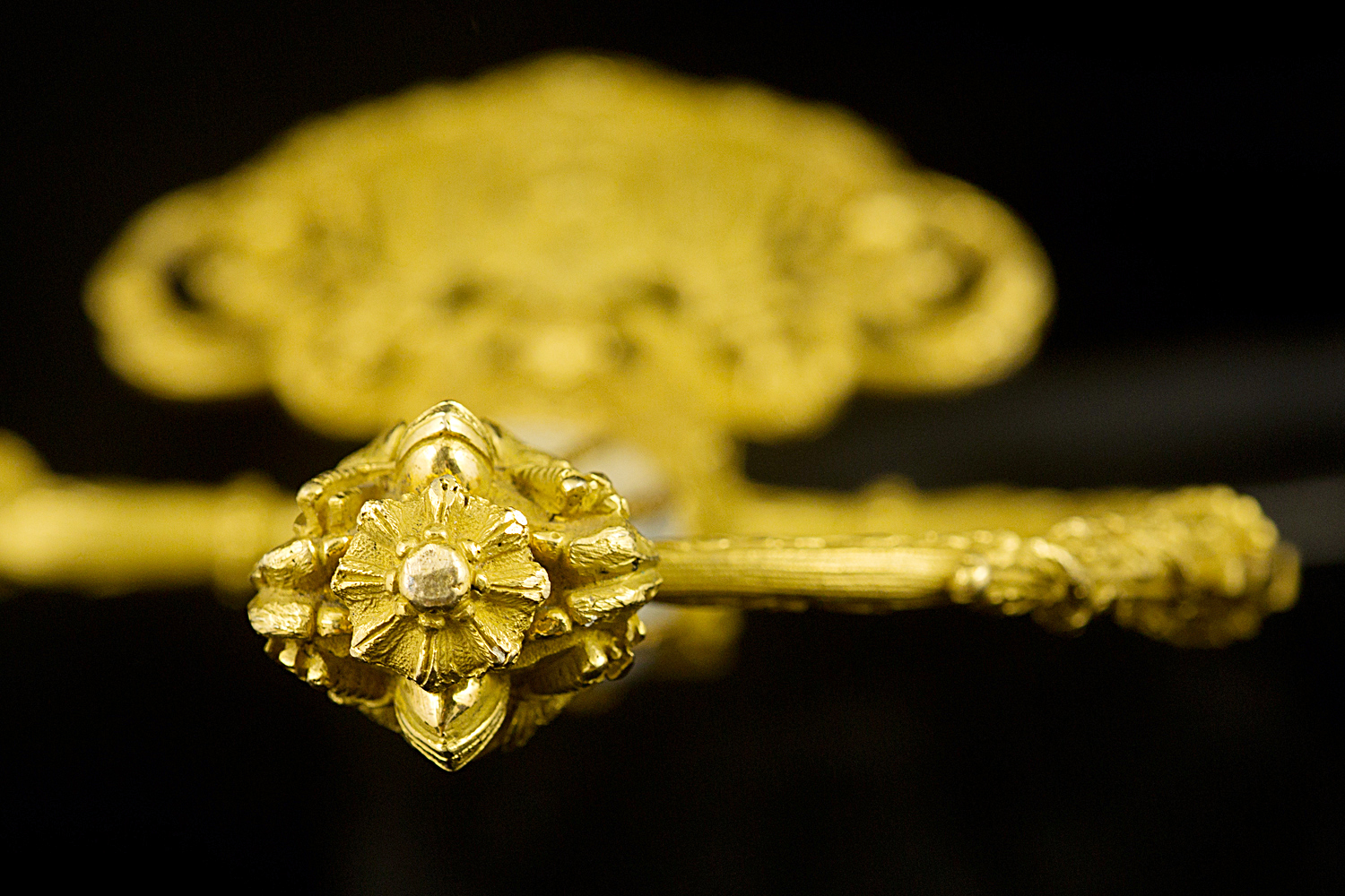 S000057_French_Ambassador_Smallsword_Detail_Hilt_Pommel