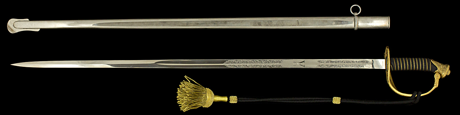 S000075_Belgian_Sword_Full_Reverse_Next_to_Scabbard